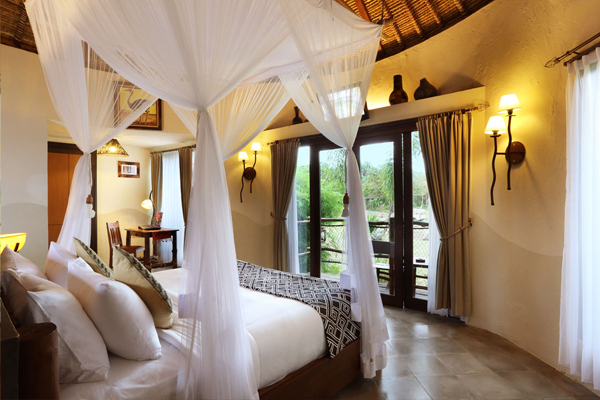 Mara River-Villa Room (9)