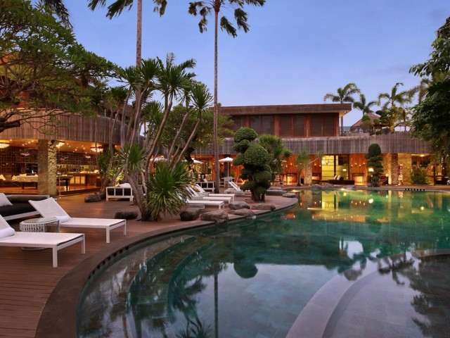 Peppers Sentosa Seminyak-Swimming Pool (3)