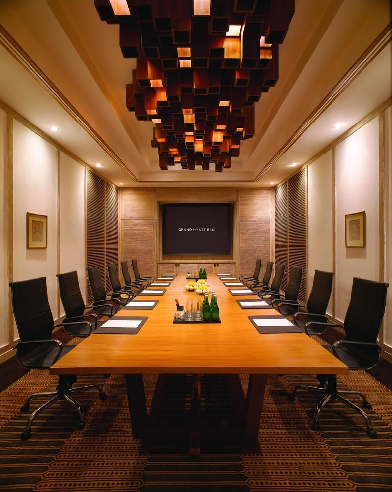 grand hyatt meeting room