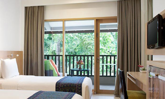 holiday-inn-resort-baruna-bali-superior-garden-view