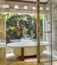 komaneka monkey forest bathroom 2