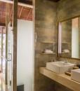 komaneka monkey forest bathroom 53