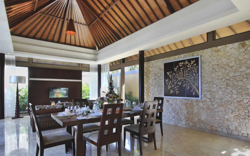 ulu-segara-luxury-suites-gallery-diningroom