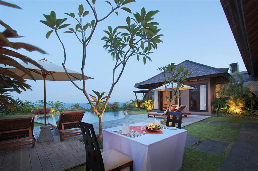 ulu-segara-luxury-suites-rooms-one-bedroom-villa-new.jpg (5)