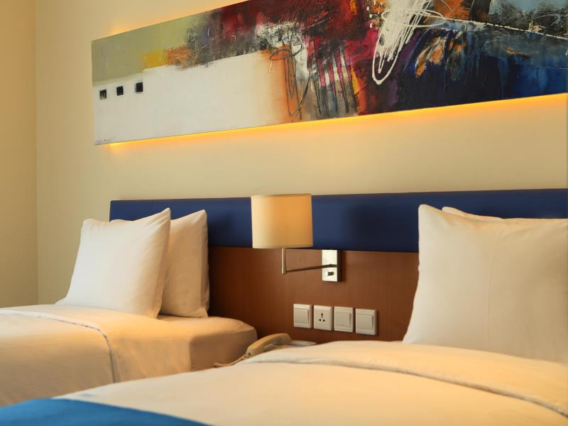 Holiday Inn Bali Kuta Square Standard Twin (3)