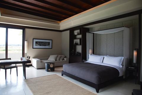 2631759-Alila-Villas-Soori-Guest-Room-2-DEF