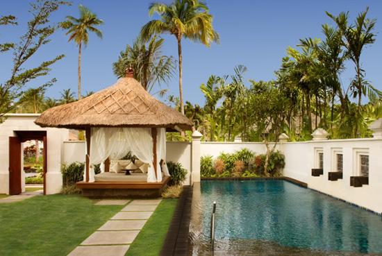 the_laguna_pool_villa_lavish_villa_private_pool_with_bale_bengong_lg