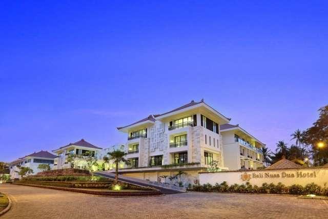 8. Hotel Exterior (1)