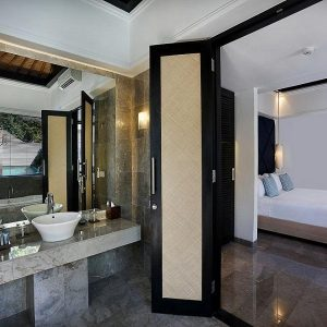 Peppers Sentosa seminyak-Bathroom (2)