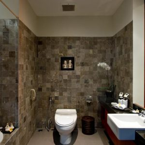 RAMA BEACH RESORT & VILLA BATHROOM 1