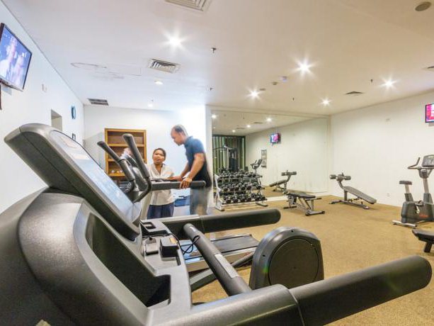VOUK HOTE FITNES CENTER