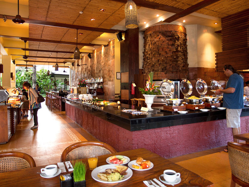 ramayana-hotel-kuta-bali-breakfast-at-gabah